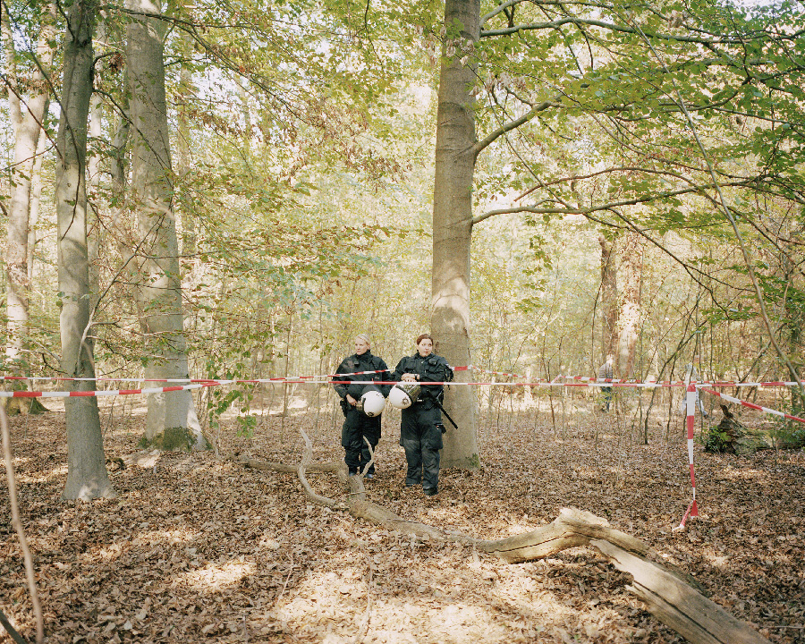 Police guards from the series In a light that is leaving by Neha Hirve